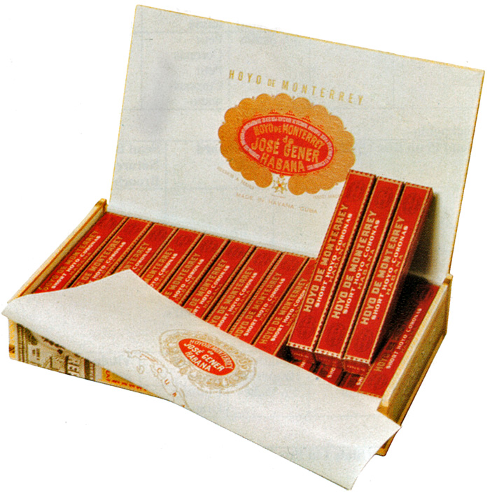 Typical Hoyo de Monterrey packaging